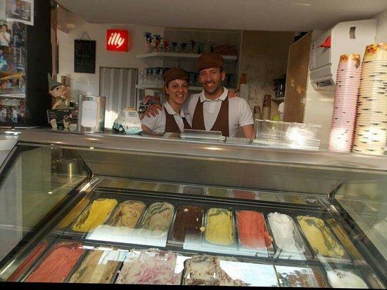 Fröndenberg, Jerman: Eiscafe Dolce Vita