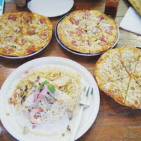 Leona -Art Restaurant: Pizza and pasta