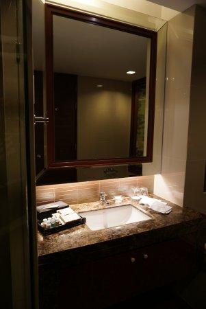 The Berkeley Hotel Pratunam Photo