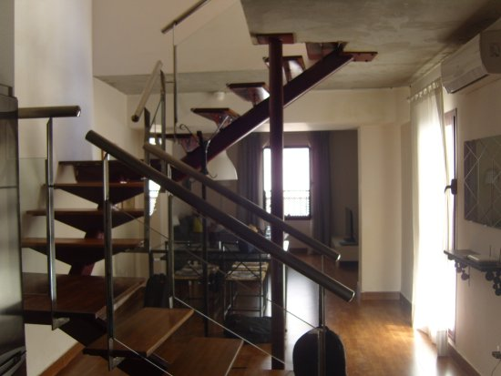 large apartment in the heart of jerez