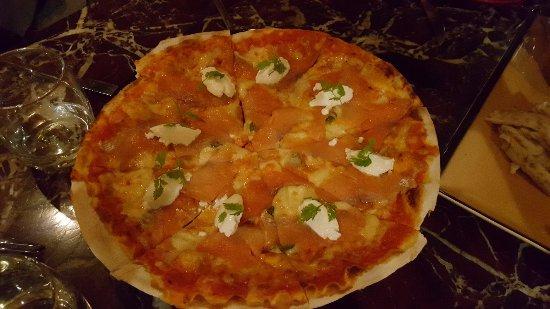 Prego: Smoked Salmon Pizza