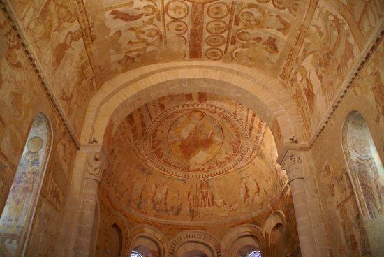 Centre-Val de Loire, France : Fresques de la voute