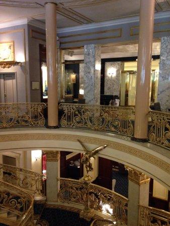 lobby picture of hotel el avenida palace barcelona. Black Bedroom Furniture Sets. Home Design Ideas