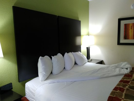 Huntersville, Carolina del Norte: Room #204