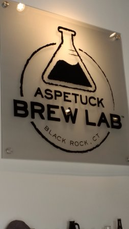 Bridgeport, CT: Aspetuck Sign