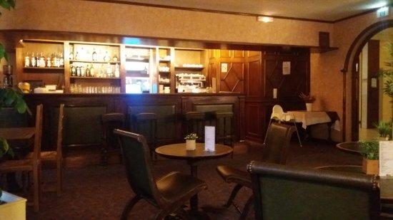 Amelie-les-Bains-Palalda, França: Le bar