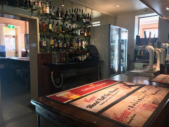 Wentworth Falls, Australia: Saloon Bar
