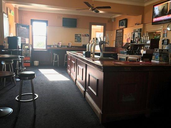 Wentworth Falls, Avustralya: Public Bar