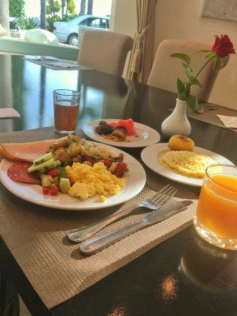 Golden Tulip Farah Rabat: Breakfast