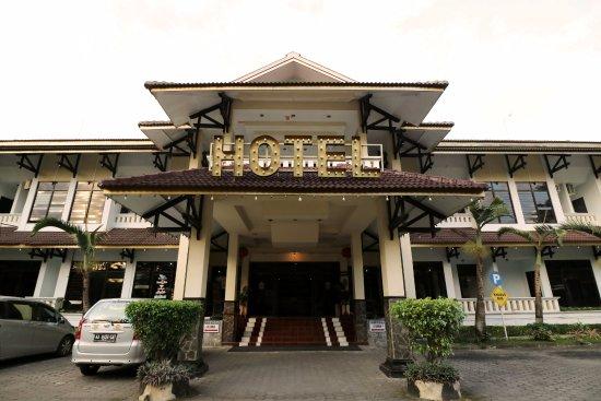 Hotel Manohara   Wisata Magelang