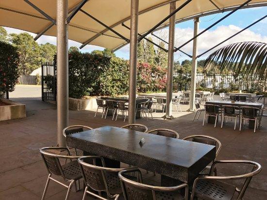 Wentworth Falls, أستراليا: Outdoor Beer Garden