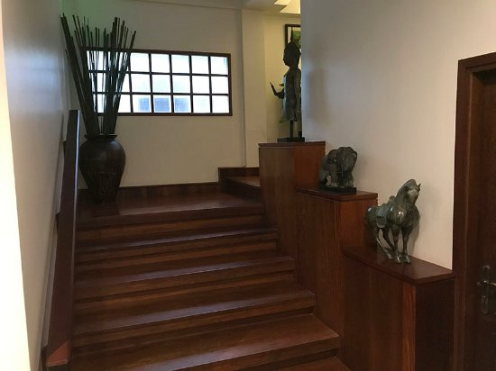 Salana Boutique Hotel: Stairs (next to the elevator)