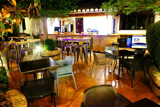 Padul, Spanje: D´amilia Restaurantes