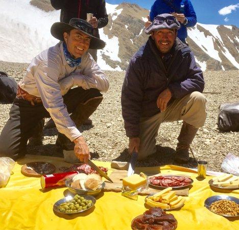 Trekking Travel Expediciones: photo0.jpg