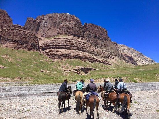 Trekking Travel Expediciones: photo1.jpg