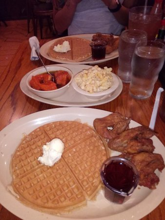 Roscoe's House of Chicken & Waffles: Obama Special - 3 wings, a waffle and 2 sides