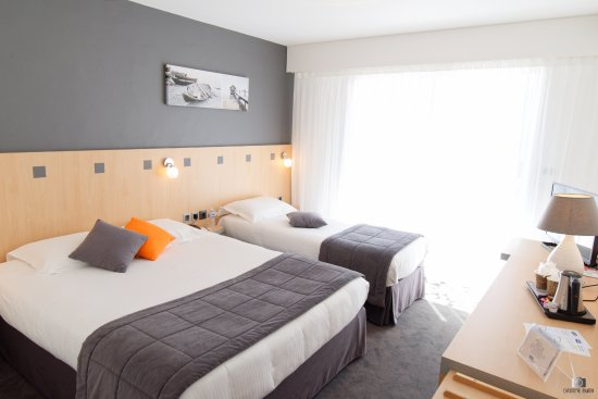 Kyriad les sables d 39 olonne plage hotel france voir for Prix chambre kyriad