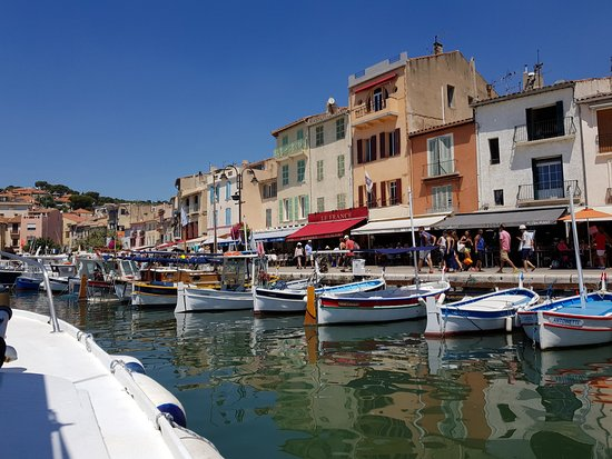 Visite des calanques port saint louis du rhone france - Restaurant port saint louis du rhone ...