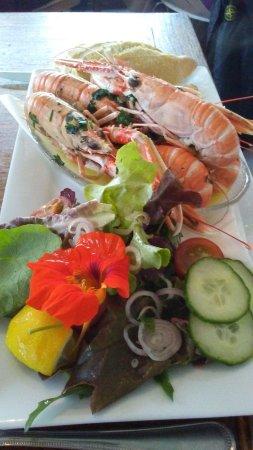 Achiltibuie, UK: Norway lobster, Dublin Bay prawn, langoustine... edible flowers