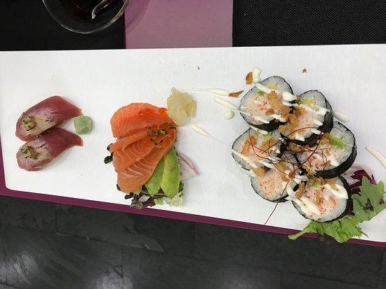 Eki Sushi Photo