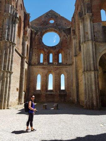 Chiusdino, Italy: abbazia