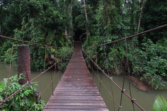 Pak Chong, Thailand: Mooie brug over het water