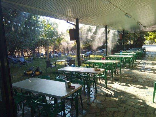 Sotoserrano, Spain: Restaurante El chiringuito