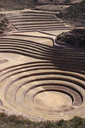 Maras, Peru: terrazzamenti e linee