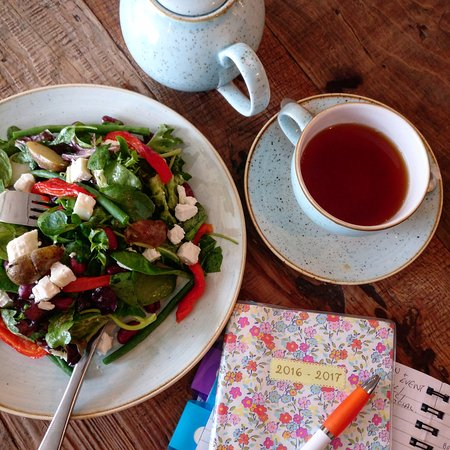 Salad and Teas in the afternoon