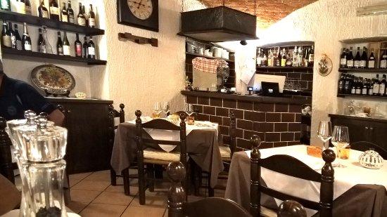 Gattinara, Italia: VEDUTA INTERNA