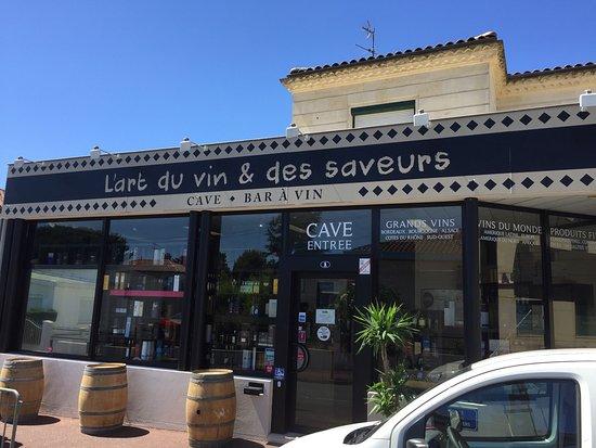 Gradignan, France: L'Art Du Vin Et Des Saveurs