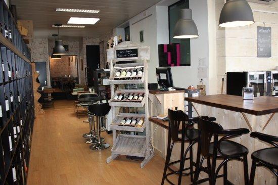 Gradignan, فرنسا: bar d'entrée