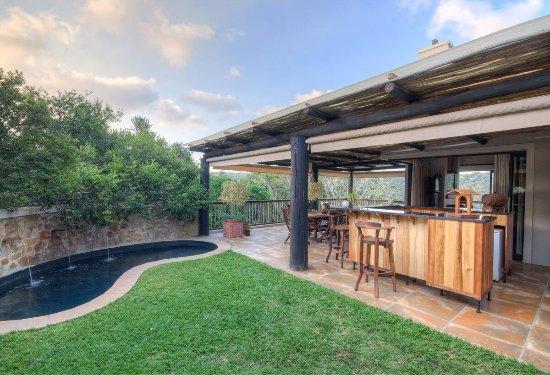 Кентон-он-Си, Южная Африка: Bar and plunge pool