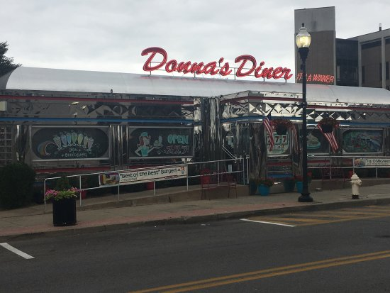 Sharon, PA: Donna's Diner
