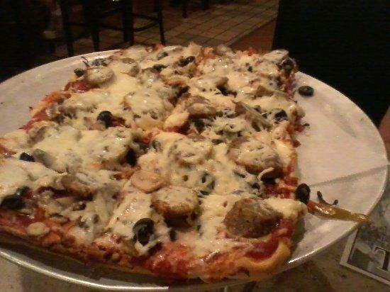 Old Forge, Pensilvania: 12 cut pizza