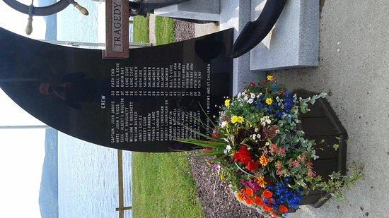 Burin, แคนาดา: Mina Swim Memorial