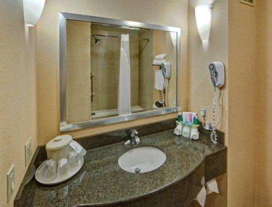 Cookeville, TN: Standard Bathroom