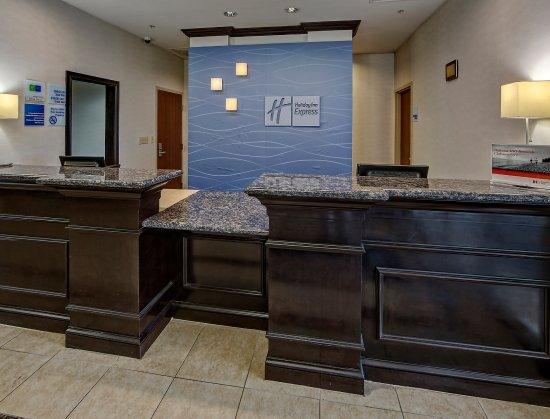 Cookeville, TN: Registration Desk
