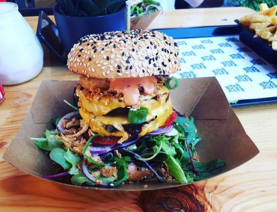Vegan Junk Food Bar: Sumo Burger