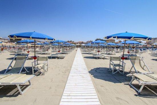 Viareggio images vacation pictures of viareggio province of lucca tripadvisor - Bagno italia viareggio ...