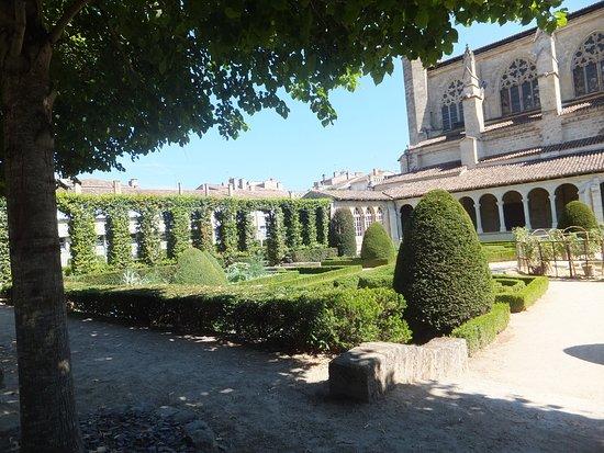 Marmande, Prancis: Jardin.
