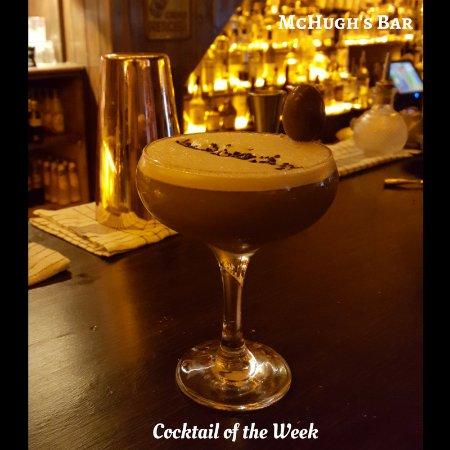 Ennis, Irland: McHugh's Easter Bunny Cocktail
