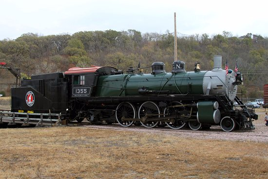 Sioux City, IA: The cosmetically restored 1355 Great Northern steam locomotive