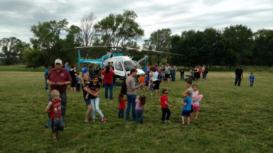 Sioux City, Айова: The MAC1 helicoptor landing at our annual Touch a Truck or Train Event in 2017