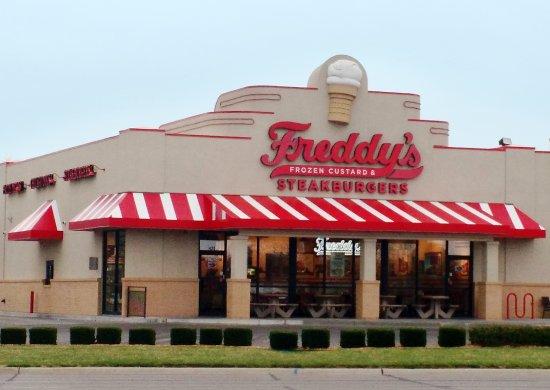 Freddy S Frozen Custard Steakburgers Wichita 420 Ridge Rd Restaurant Reviews Phone Number Photos Tripadvisor