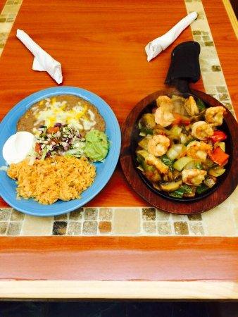 Atlantic, IA: Plaza Azteca Mexican Family Restaurant