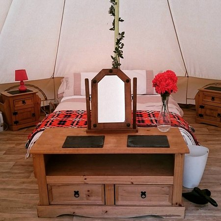 Perfect weekend away in the bell tent with hot tub