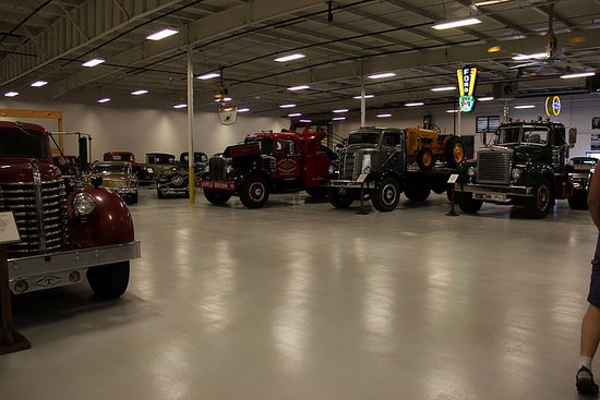 Colonial Heights, VA: Some of the trucks on display