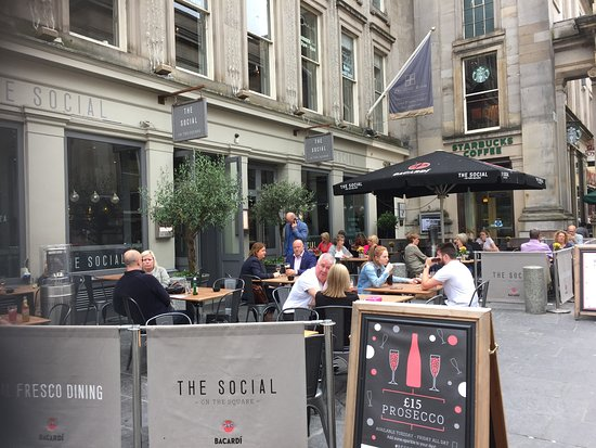 The Social Glasgow: Het terras van The Social