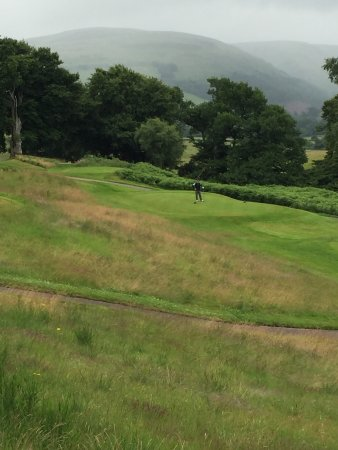 Auchterarder, UK: Enjoy the view while you wait for slower players